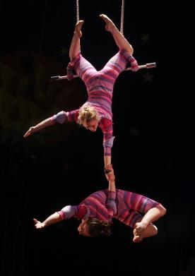 Circus_Smirkus_-_Static_Trapeze